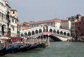 Мост Риальто в Венеции — Стоковое фото