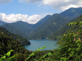 High-mountainous lake — Stock Photo