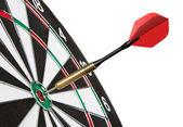 ターゲットに当ること赤の dart — ストック写真