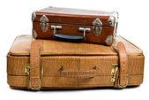 Oude koffers geïsoleerd op een witte achtergrond — Stockfoto