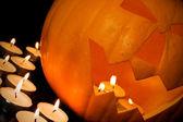 хэллоуин тыква и свечи — Стоковое фото