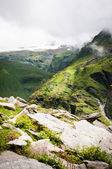 Green mountains and snow peaks — Stock Photo