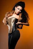 Uzun saçlı seksi moda kadın — Stok fotoğraf