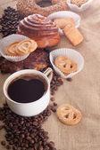 Espresso with biscotti — Stock Photo