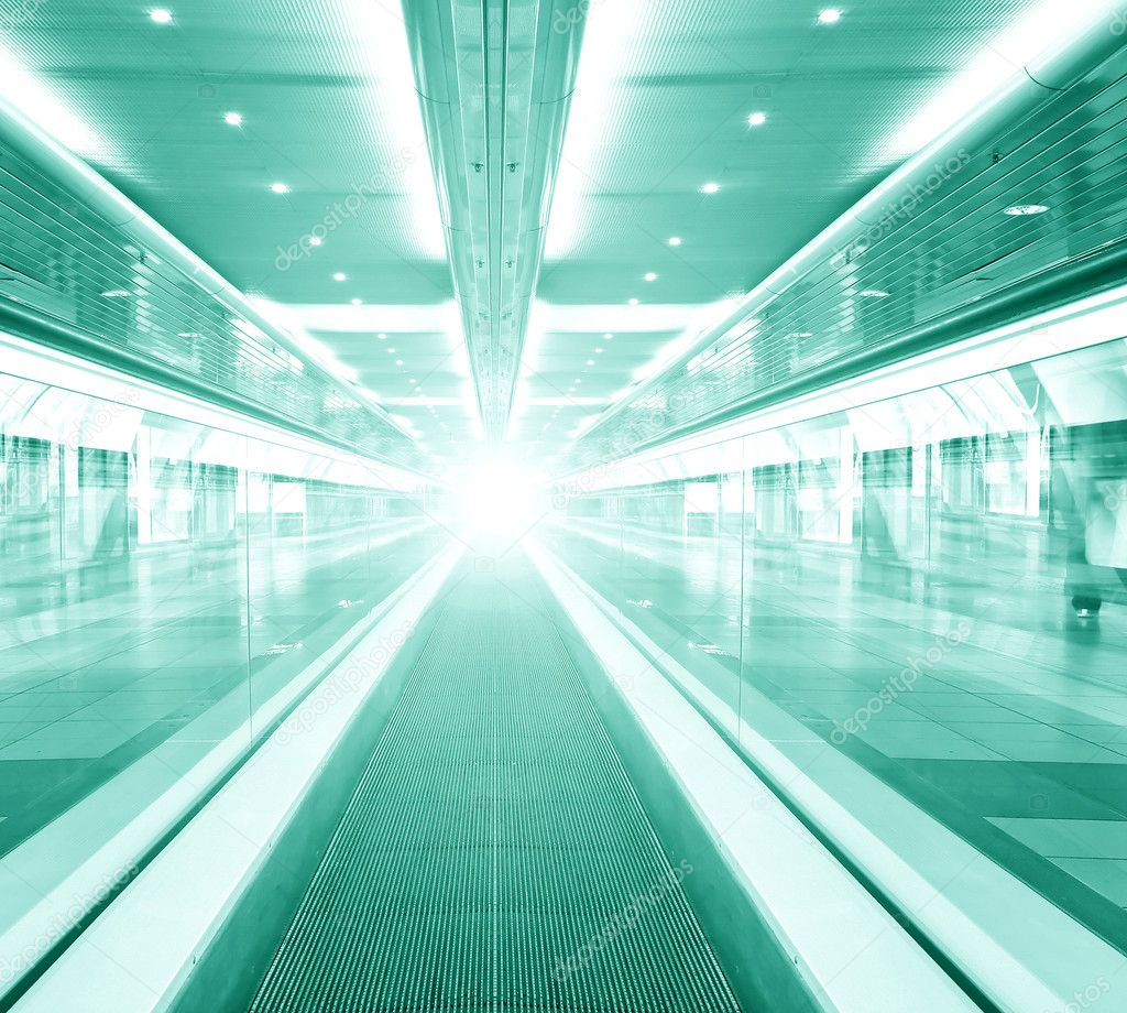 Futuristic escalator inside contemporary airport — Stock Photo #7252013
