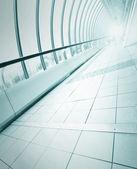 Perspective floor inside contemporary walkway — Stock Photo
