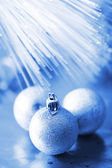 Blau christmas balls — Stockfoto