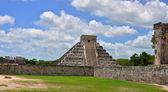 Chichen Itza Pyramid, Wonder of the World, Mexico — Stock Photo