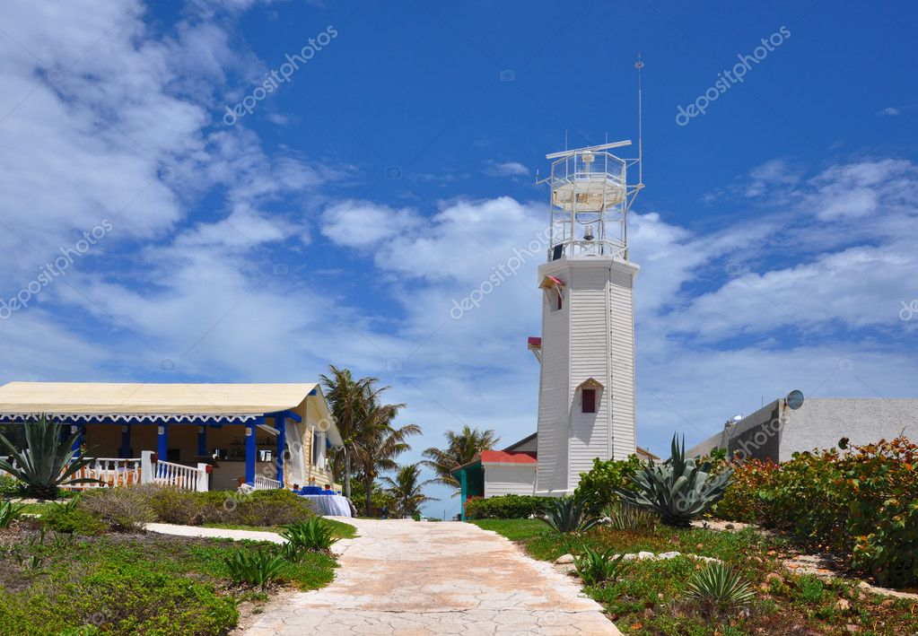 Beacon in Isla Mujeres. Mexico, Yucatan — Stock Photo #7303288