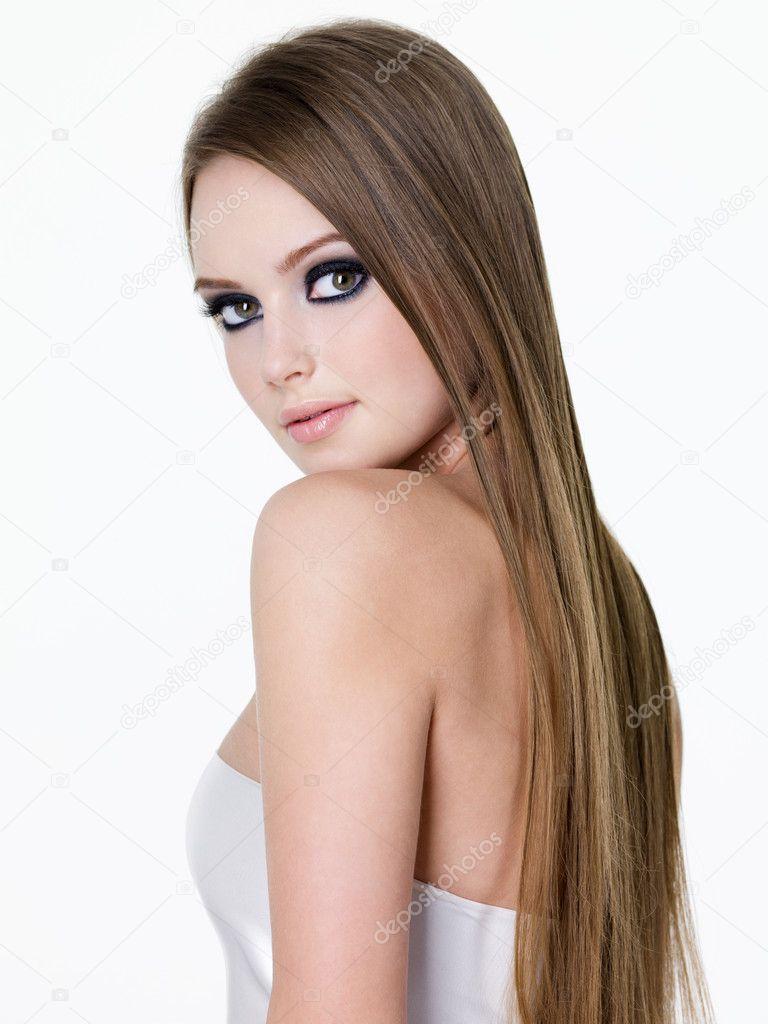 К чему снится длинные распущенные волосы
