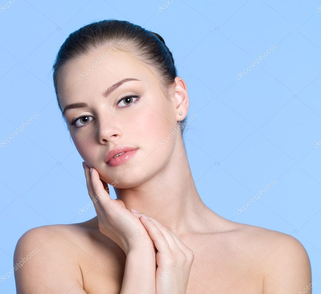 how to have clear skin female