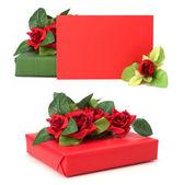 Regalo con decoración floral. las flores son artificiales. — Foto de Stock