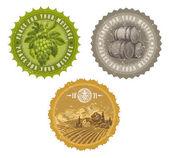 Vintage etiketter med hand dras element - vinodling och vintillverkning — Stockvektor