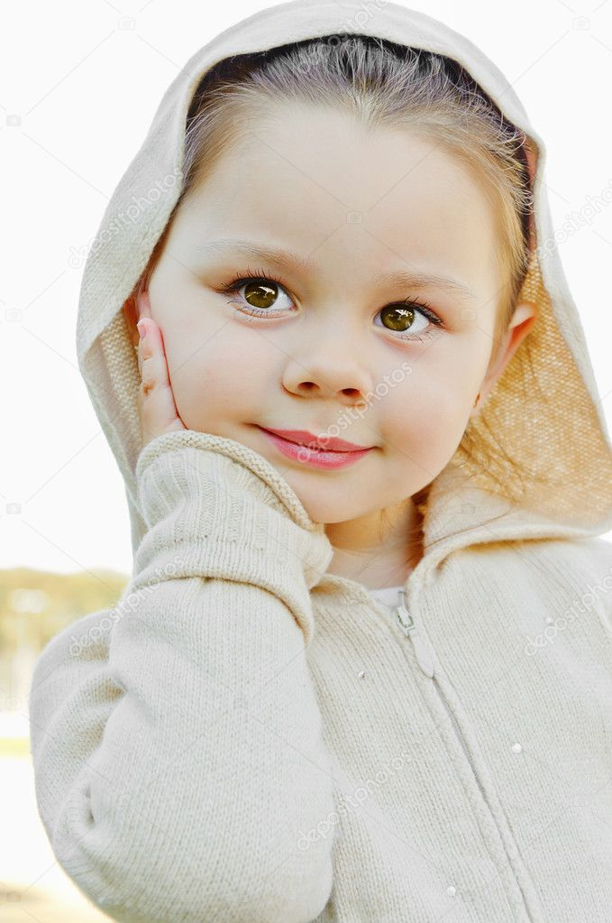 Happy time for little girl — Stock Photo #7362487