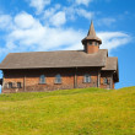Small wooden church — Stock Photo