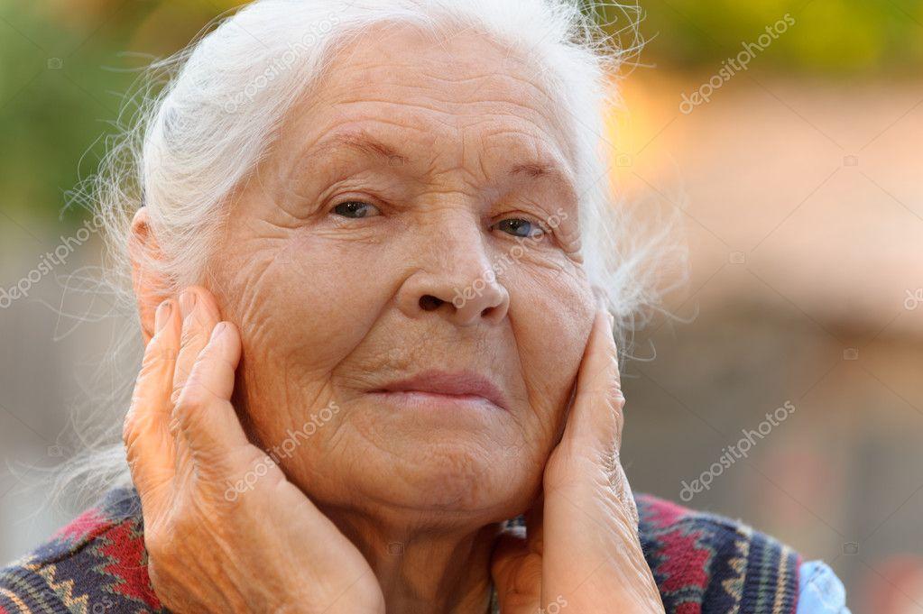 老年女人的画像 — 图库照片