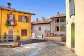 Town of Castiglione Falletto. Northern Italy. — Stock Photo