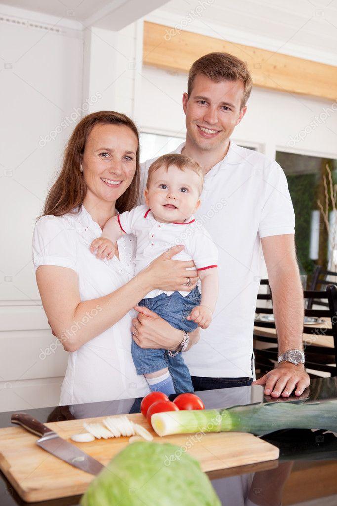 Семейные фото на кухне фото 399-611