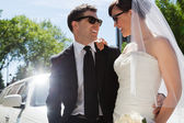 Wedding Couple with Sunglasses — Stock Photo
