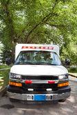 通りに救急車 — ストック写真