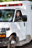 女人救护车司机 — 图库照片