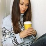 一杯咖啡的女人 — 图库照片