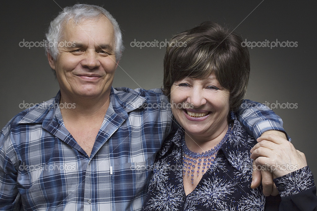 Older couple - smiling seniors — Stock Photo #7674646