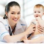 pediatra — Foto Stock