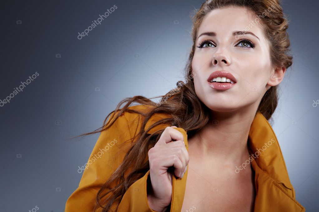 Portrait of a cute woman — Stock Photo #7355104