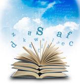 Sihirli kitap ve mektuplar — Stok fotoğraf