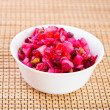 Russian vegetable salad (cabbage, beets, potatoes, oil, peas) — Stock Photo