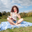 Reading young woman — Foto de Stock