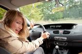 Donna ubriaca, guidare una macchina — Foto Stock