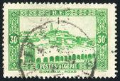 阿尔及利亚大约 1941年: 由阿尔及利亚,印制邮票显示的 ghardaia,大约在 1941年视图 — 图库照片