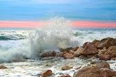 Waves on the beach — Stock Photo