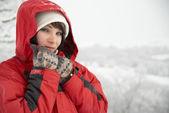 Pretty winter girl — Stock Photo