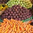 Fruits and vegetables on a market — Stock Photo