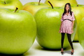 Pregnant Woman and Granny Smith Apple — Stock Photo