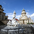 Schiller statue gendarmenmarkt — Stock Photo
