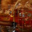 Cold whiskey and cigar — Stock Photo