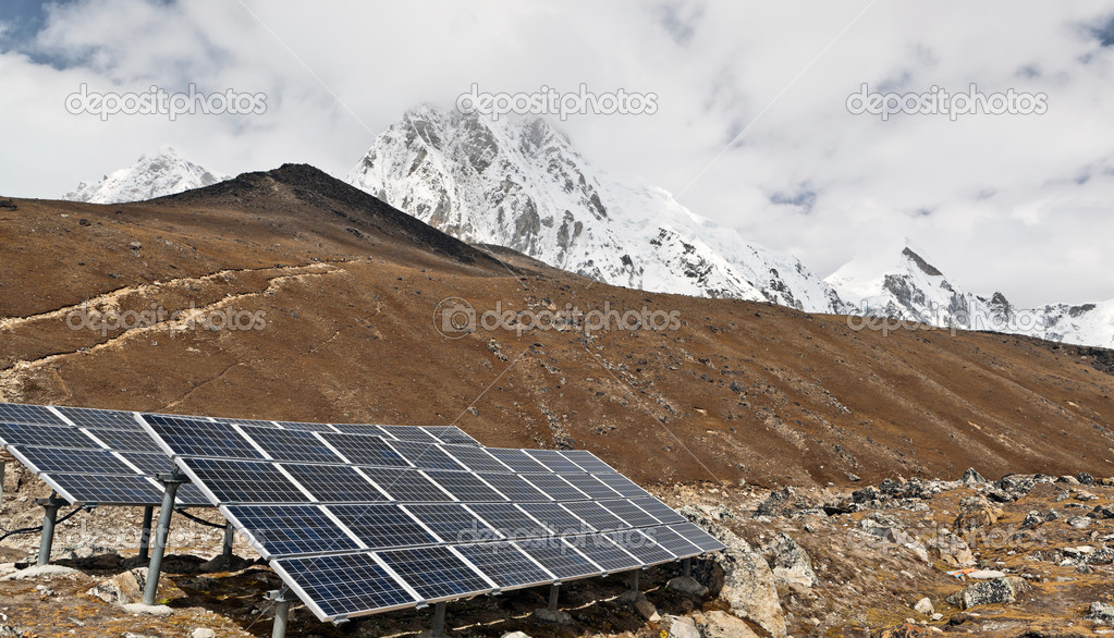 Solar Power Station in Himalaya Mountains, Nepal — Stock Photo #7499959