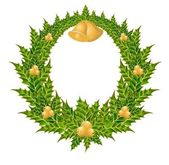 Beautiful christmas wreath with a gold bells — Cтоковый вектор