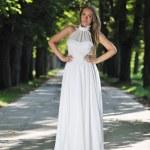 Beautiful bride outdoor — Stock Photo #6979241