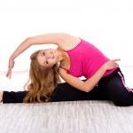 Woman doing exercise — Stock Photo #7494915