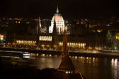 Parliament building at night in Budapest, Hungary — Stock Photo