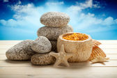 Sea Spa - stones, bath salt and shells — Stockfoto