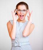 молодой привлекательный бизнес женщина с очки — Стоковое фото