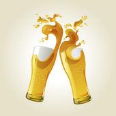 Par de copos de cerveja, fazendo um brinde. — Vetorial Stock