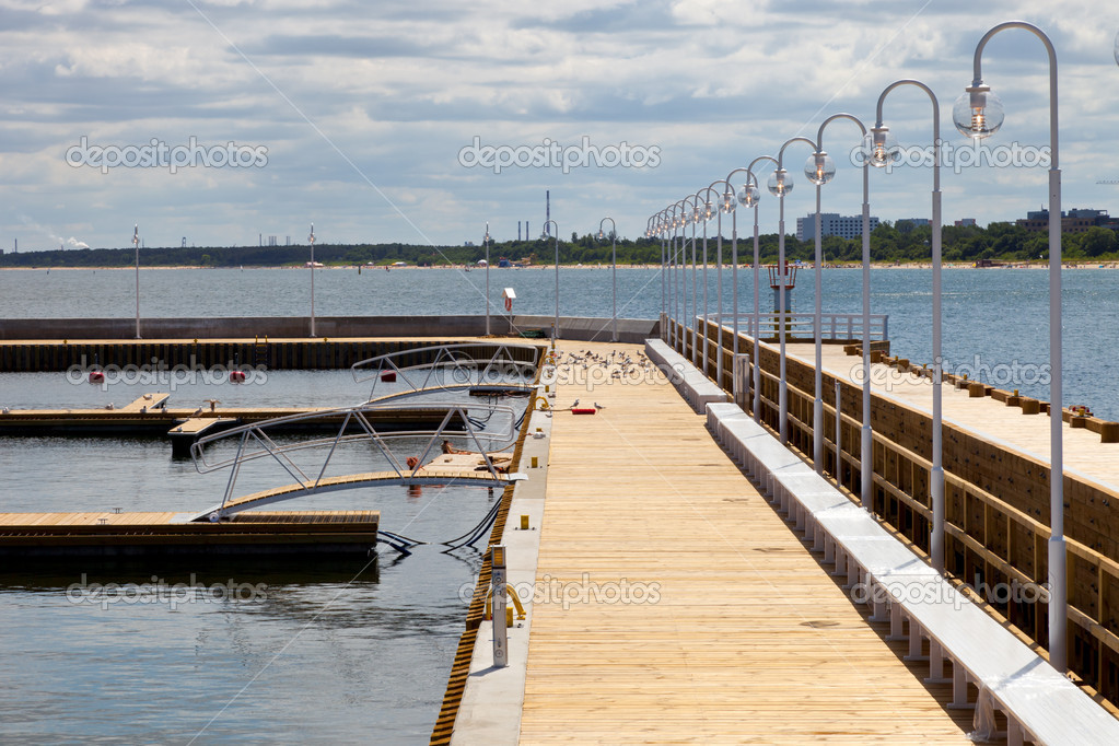 Construction of a marina to the pier in Sopot, Poland. — Stock Photo #6837386