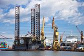 Repair of oil rig — Stock Photo